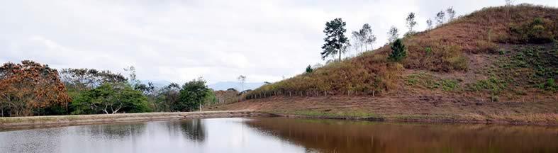 Wikiversity_Nicaragua1_lo_rainwater_reservoir